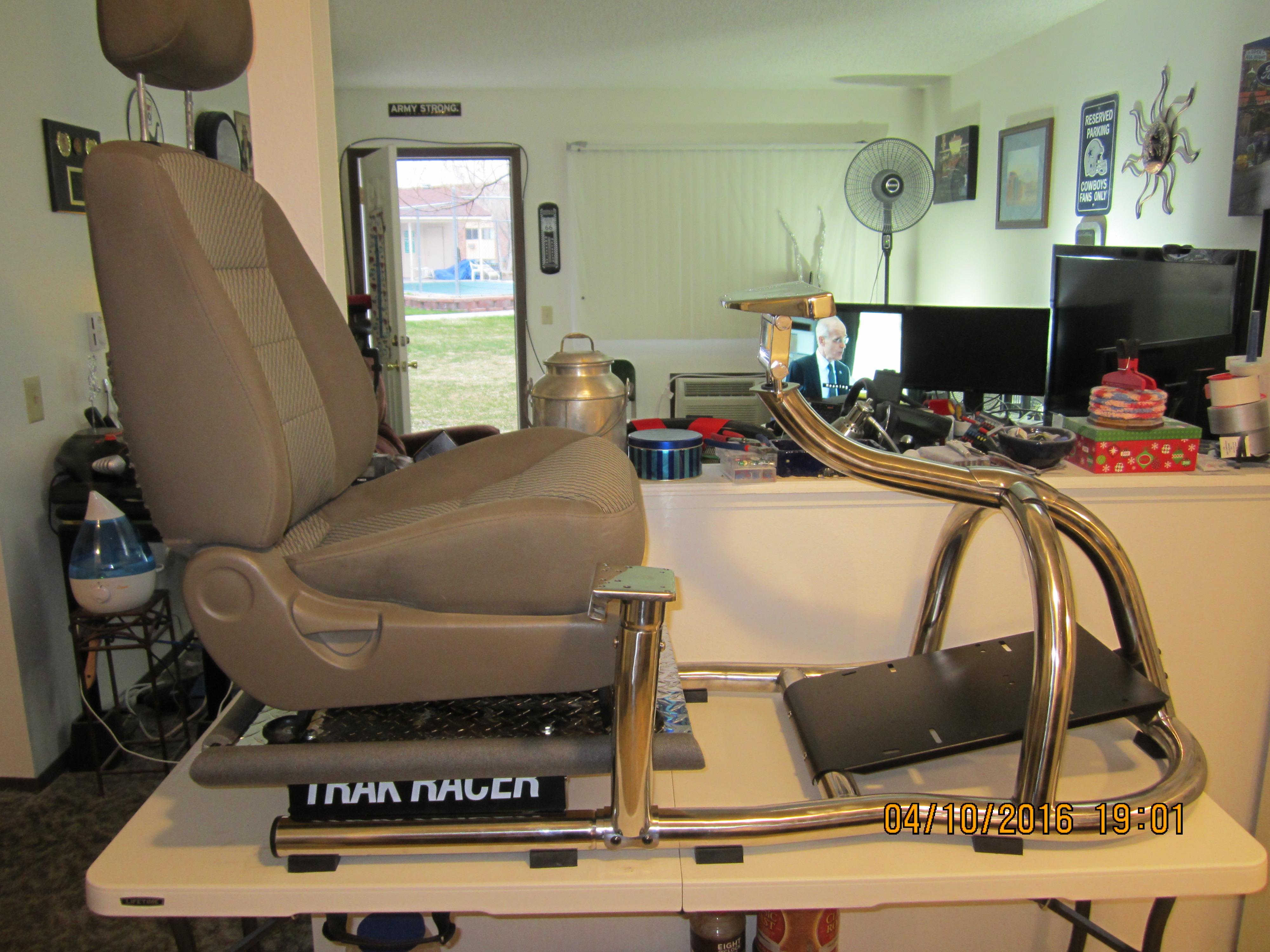 Replacing seats on a Playseat base - Sim Racing Rigs
