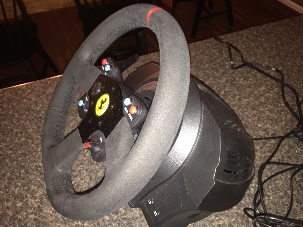 for sale thrustmaster t300 wheelbase with ferrari racing. Black Bedroom Furniture Sets. Home Design Ideas