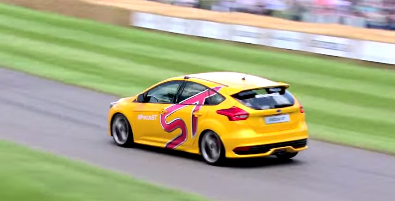 Ben Collins (Former-Stig) Versus Gran Turismo 6 driver @ Goodwood