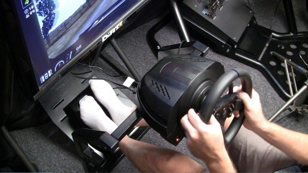 Thrustmaster T300 Review 2