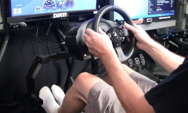 Thrustmaster T300 Review