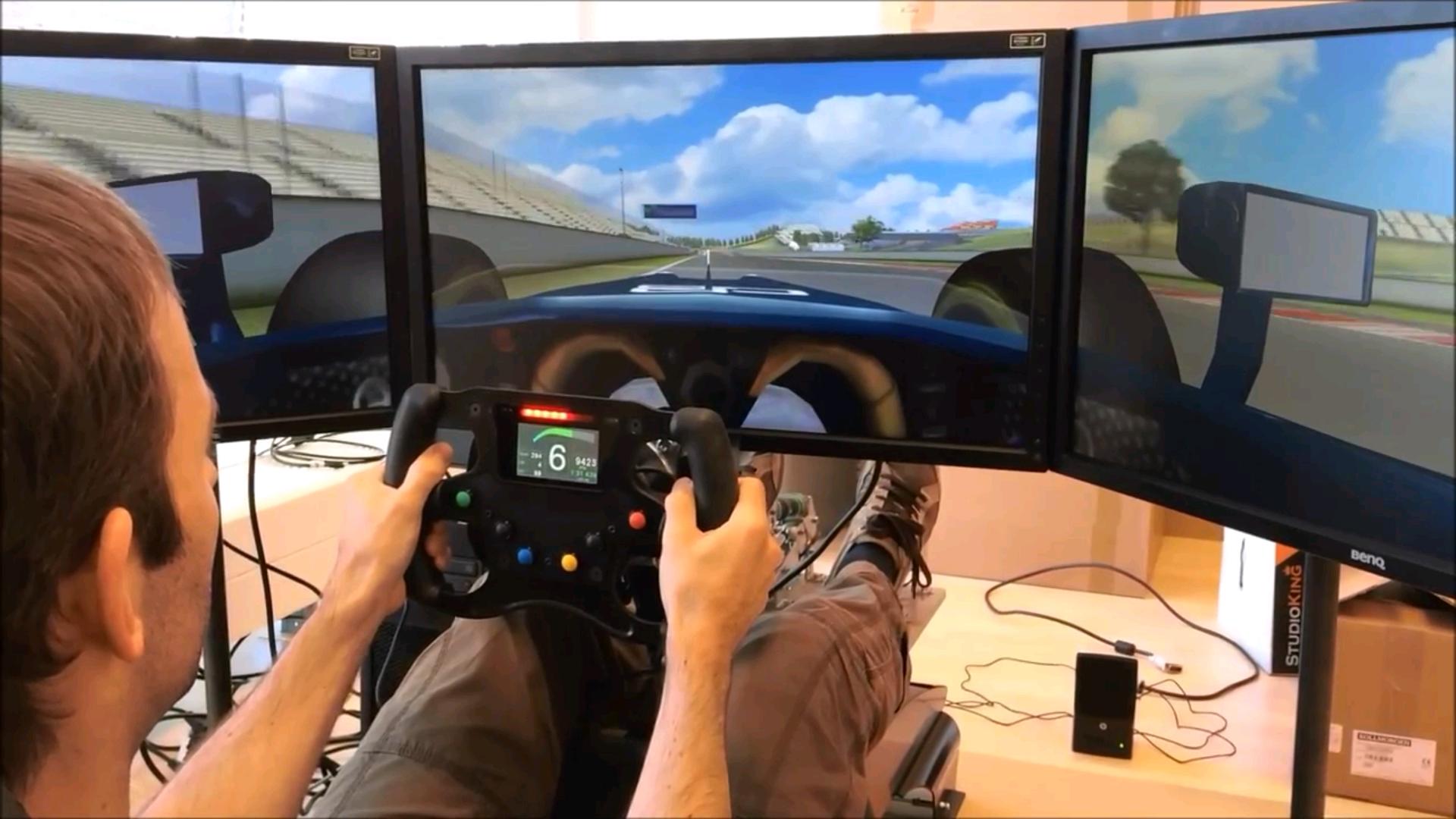 Video Highlight: Niels Heusinkveld GP2 Simulator