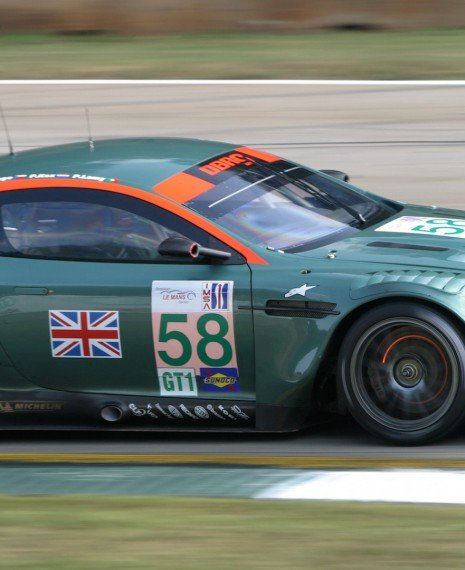 First iRacing Aston Martin DBR9 GT1 Render