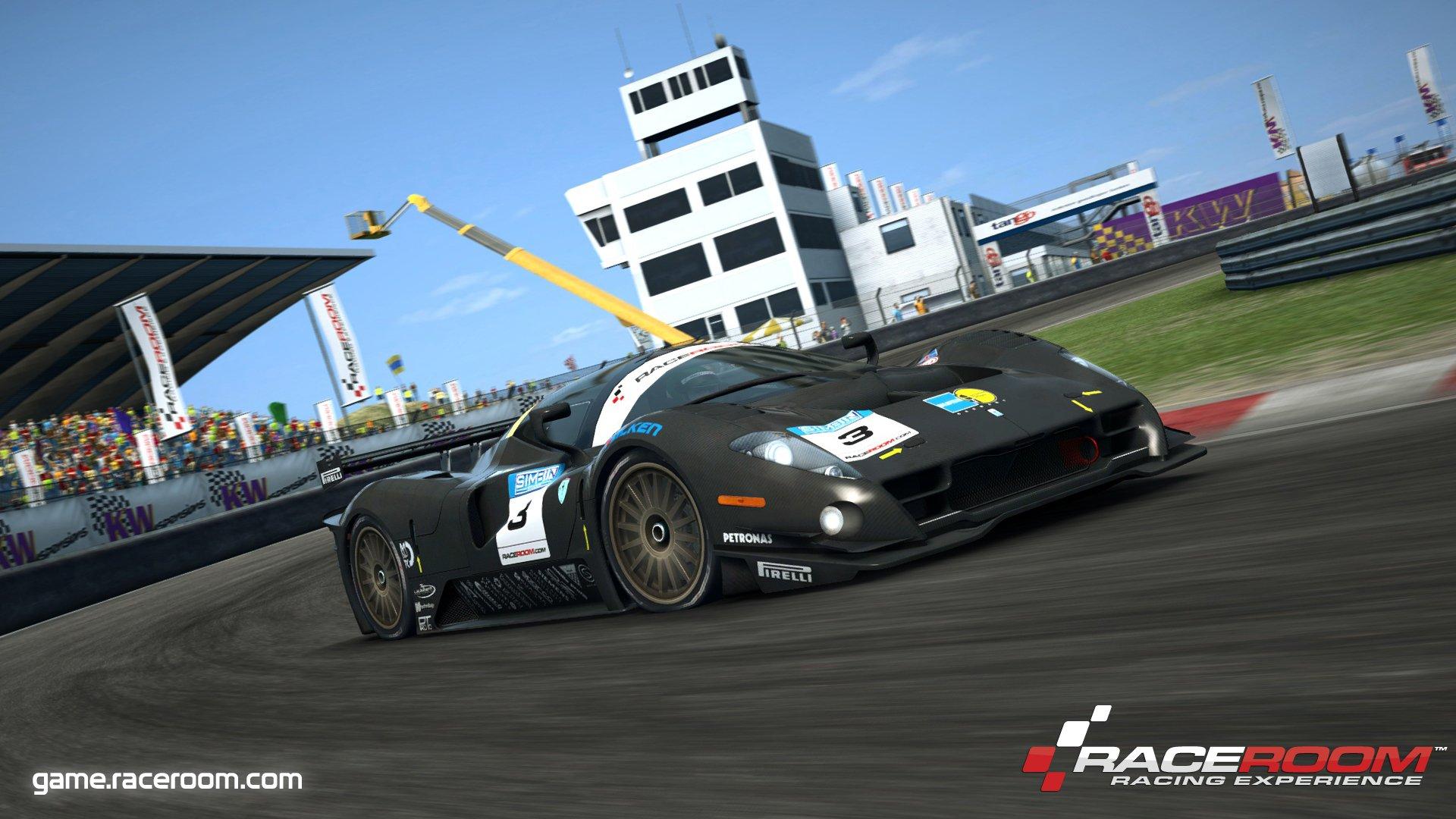 RaceRoom review