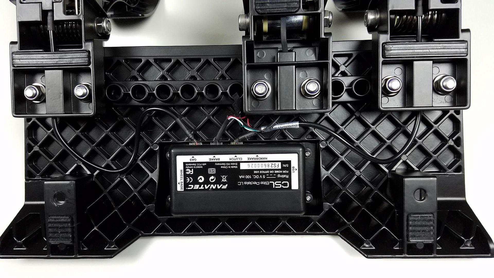 fanatec-csl-elite-pedals-lc-05