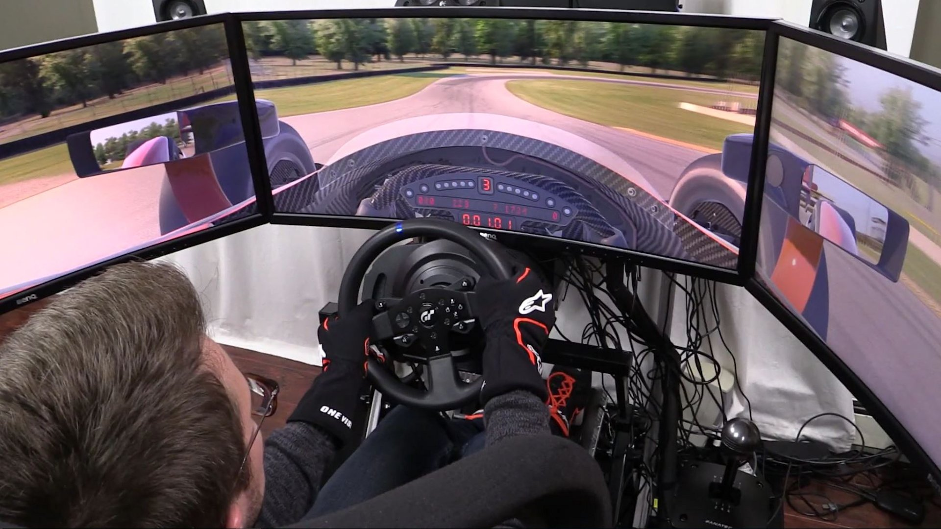 thrustmaster-t300-gt-edition-wheel-and-pedals-review-7