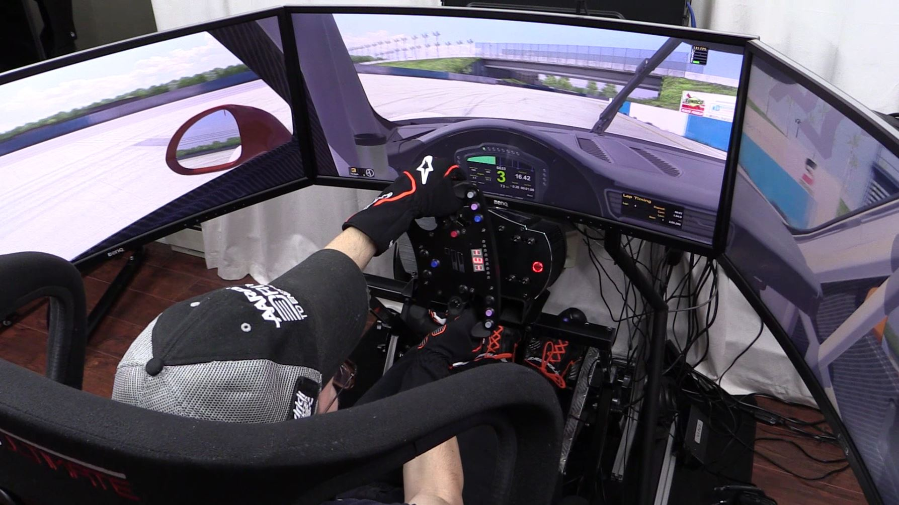 fanatec-clubsport-wheel-base-v2-iracing-sebring-porsche-911-next-level-motion-platform-v3