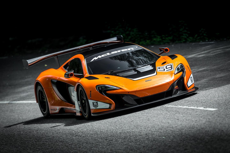 RaceRoom McLaren 650S GT3