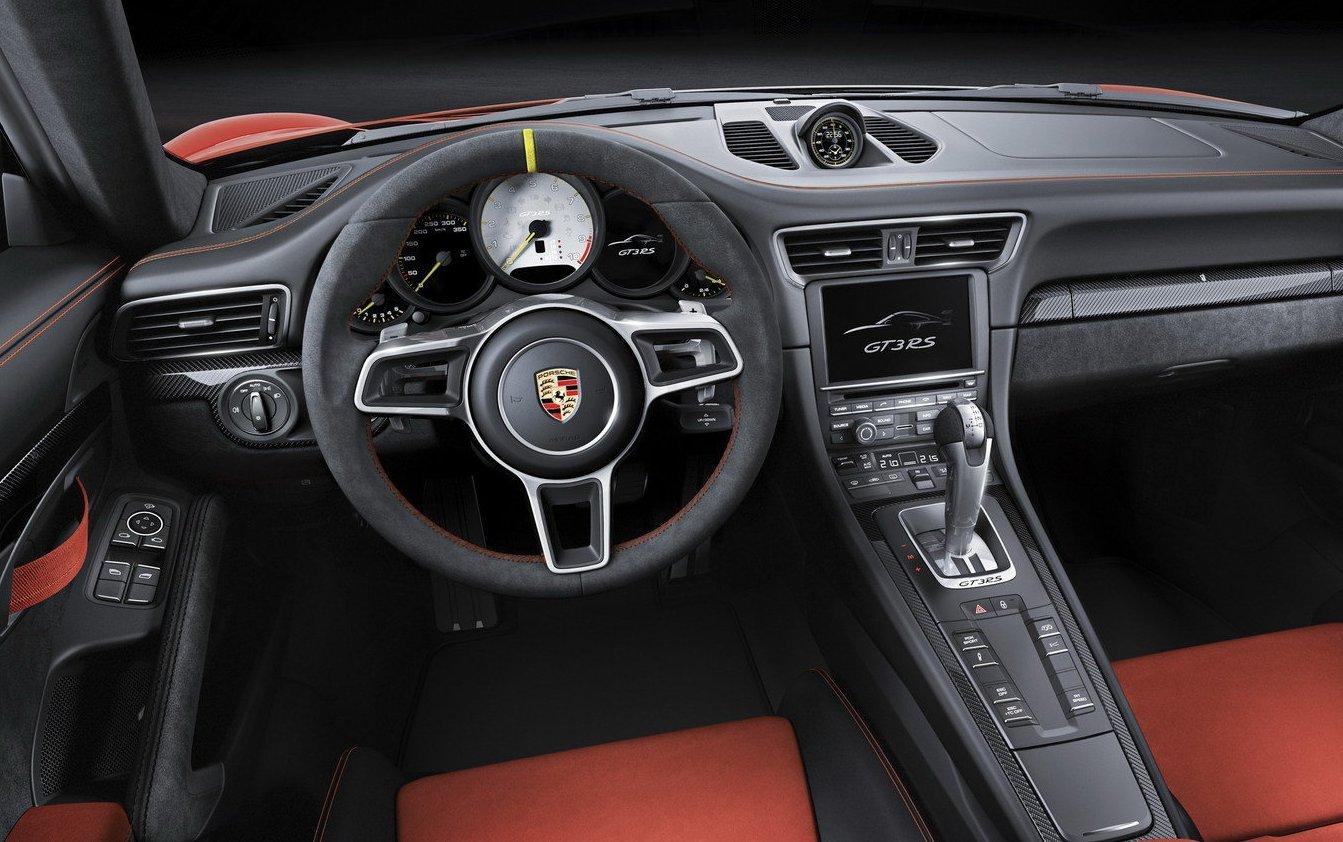 Porsche 991 911 GT3 RS real-life cockpit