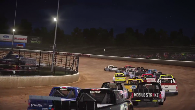 NASCAR Heat 2 Camping World Trucks at Eldora Speedway screenshot