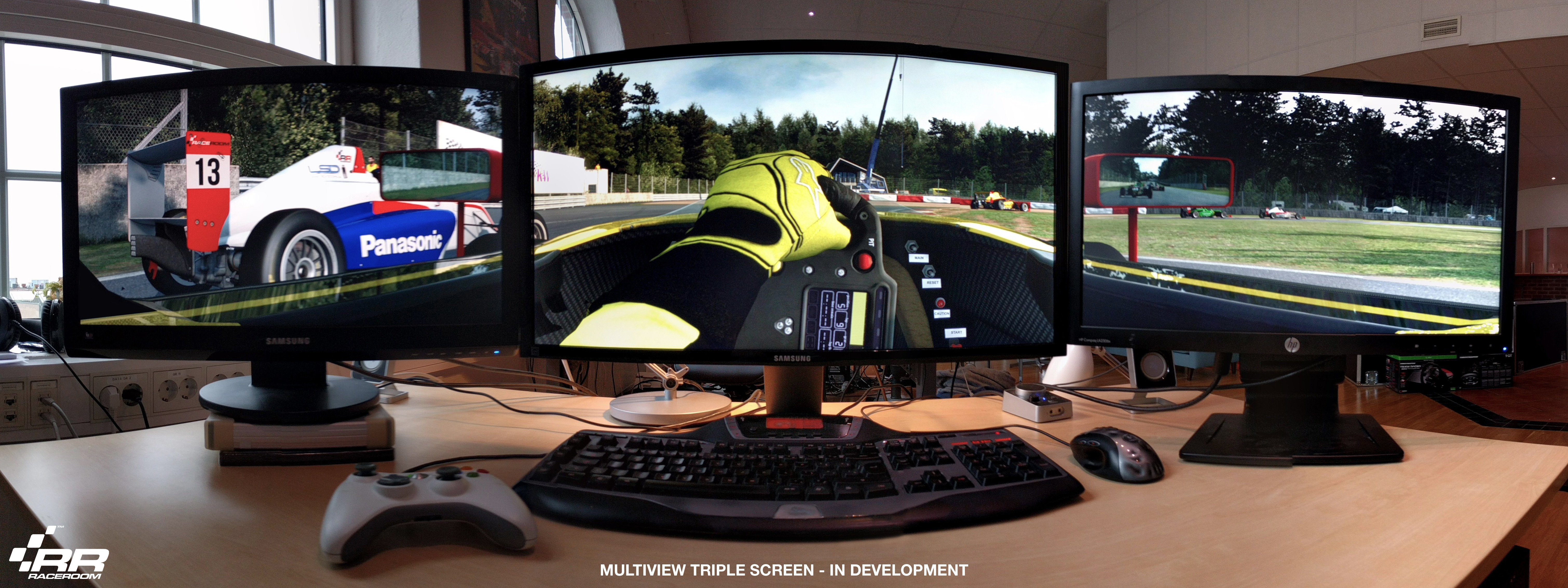 RaceRoom triple screen support preview
