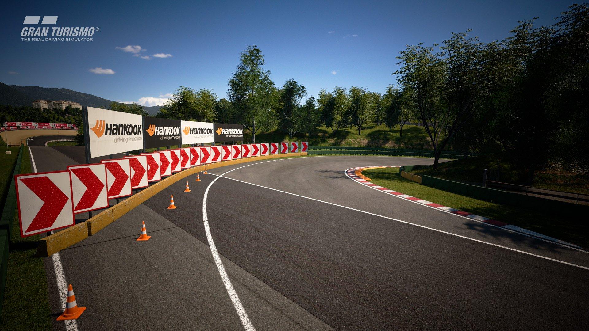 Gran Turismo Sport January update Lago Maggiore 3