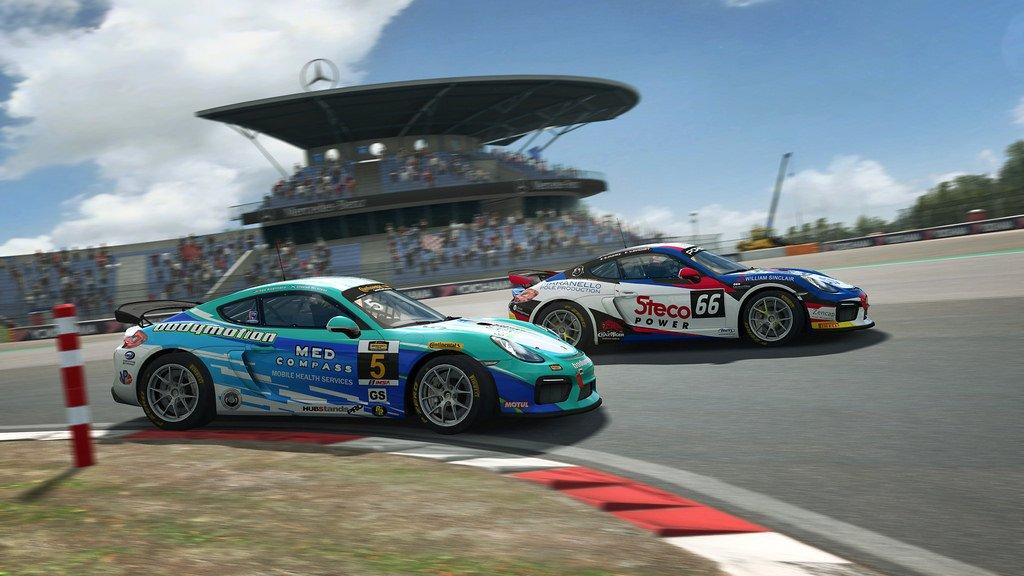 RaceRoom GT4 Patch 1