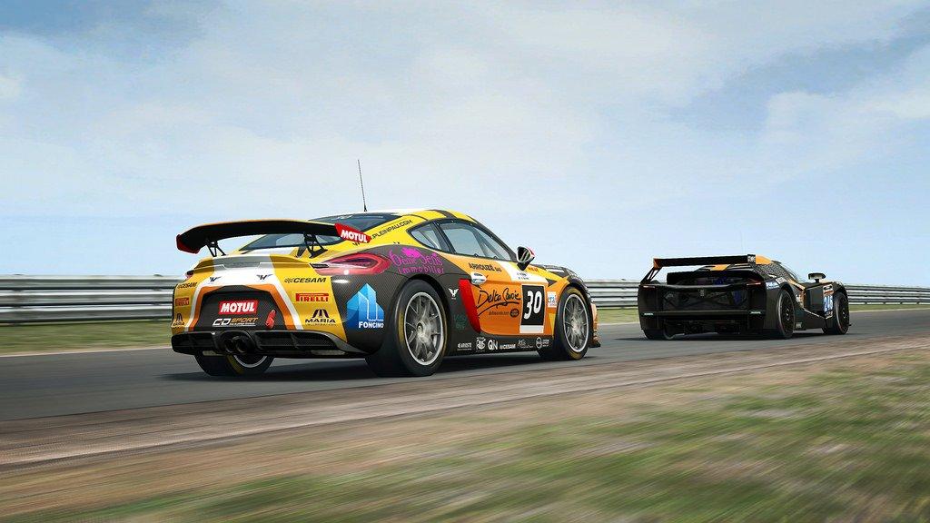 RaceRoom GT4 Patch 8
